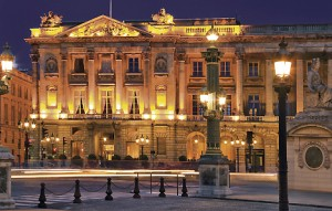 Entrez dans l'univers du luxe : visite de l'hôtel Crillon à Paris